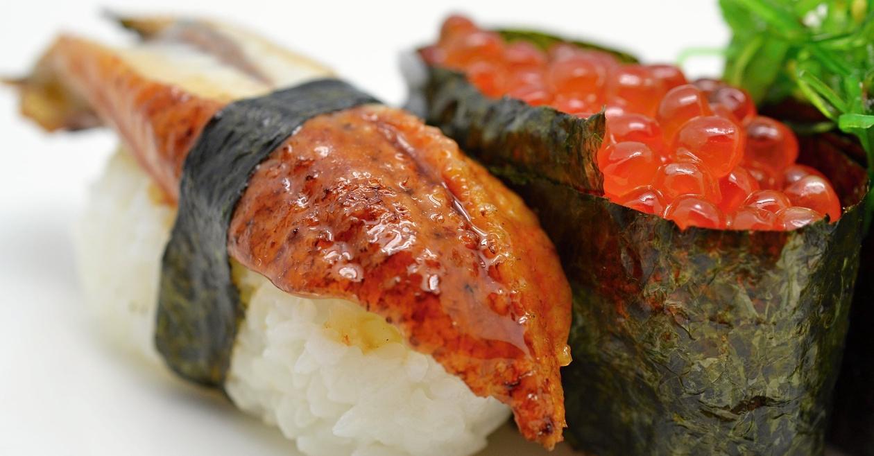 Nigiri unagi a ikura <a href='https://www.sushiupgrade.cz/sushi-online/nigiri' class='objednat_home'>Objednat</a>
