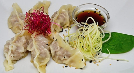 Gyoza zeleninová <a href='https://www.sushiupgrade.cz/sushi-online/predkrmy#Gyoza zeleninová ' class='objednat_home'>Objednat</a>